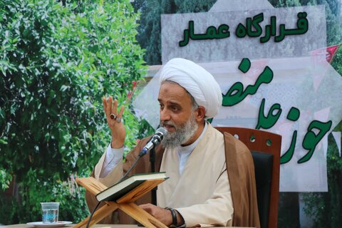 تصاویر| آیین عمامه گذاری طلاب مدرسه علمیه منصوریه