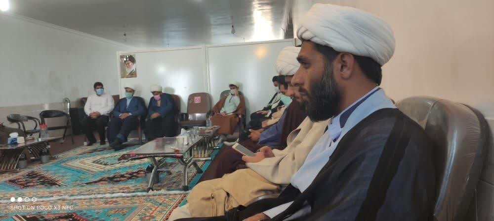 حرکت خودجوش اصناف چرام در غدیر / ارائه خدمات رایگان به عشق مولا علی(ع)