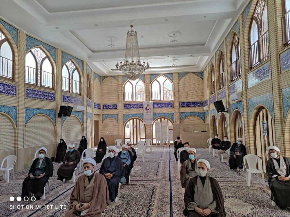 تصاویر/ تجلیل از طلاب و روحانیون جهادی کرمان