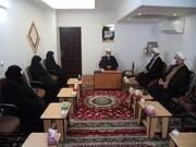 دیدار مسئولین حوزه علمیه خواهران سمنان با نماینده ولی فقیه