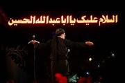 فیلم | نوحه خوانی محمود کریمی برای حاج قاسم سلیمانی