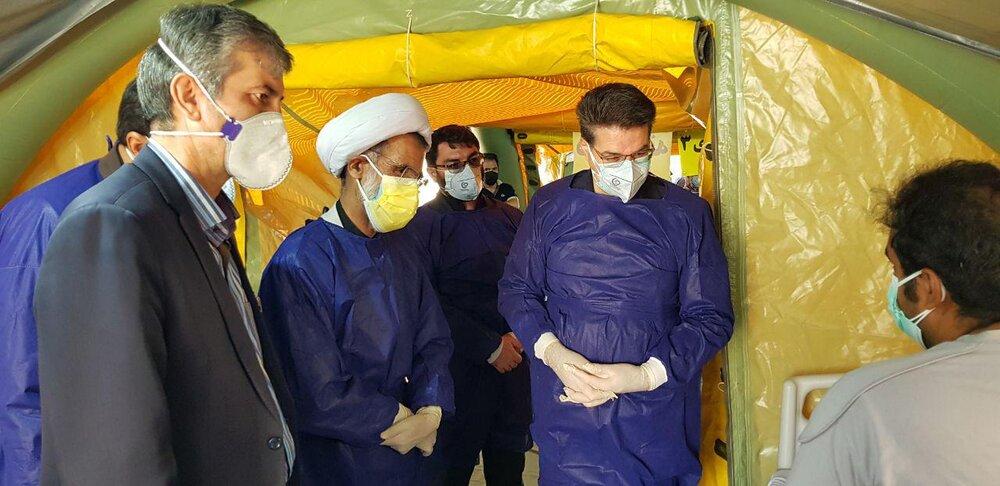 تصاویر/ حضور امام جمعه شهرکرد در  بیمارستان صحرایی بیماران کرونایی