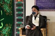 در دانشگاه های ایران بحث فلسفه غرب و محال بودن خدا مطرح است!