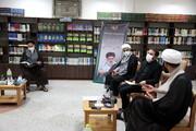 تصاویر/ بازدید مسئول مرکز رسانه و فضای مجازی حوزه های علمیه از کتابخانه مرکز بررسیهای اسلامی
