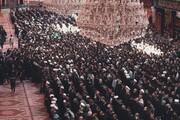 اقامه نماز میت بر پیکر آیت الله العظمی حکیم در حرم امام حسین (ع) + تصاویر