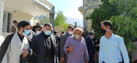 گزارشی از سفر یک روزه اکبر نیکزاد به شهر زلزله زده سی سخت