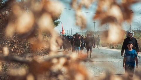 پیاده روی زائران اربعین در مسیر کربلا - ۲