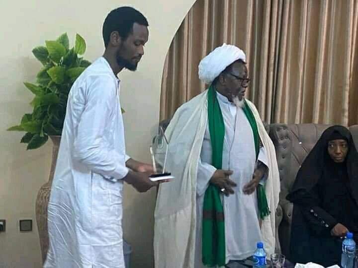 دیدار شیخ زکزاکی با جمعی از خانواده های شهدای مقاومت نیجریه+تصاویر