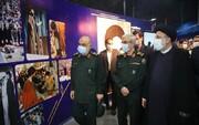 افتتاح معرض «بلباس الجندية»... الإمام الخامنئي يروي «الدفاع المقدس»