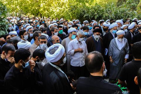 تصاویر/ مراسم تشییع و اقامه نماز بر پیکر مجید مهدوی، استاد حوزه علمیه اصفهان