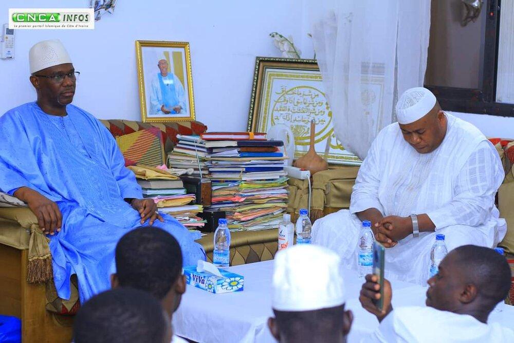 دیدار مرشد تیجانیه ساحلعاج با مفتی فرقه شاذلیه +تصاویر