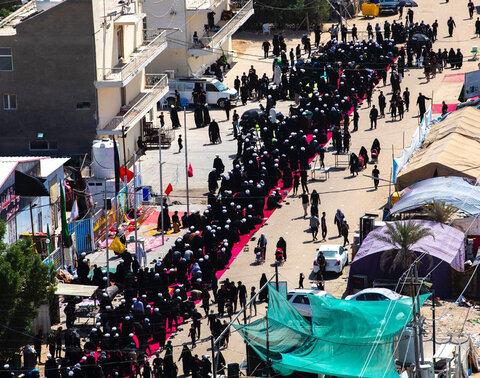 بزرگترین نماز جماعت در مسیر پیاده روی اربعین