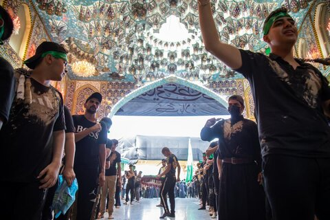 عزاداری زائران اربعین در کربلای معلی