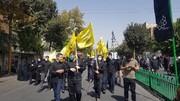 تصاویر/ حضور طلاب مدرسه علمیه دارالسلام تهران در راهپیمایی جاماندگان اربعین