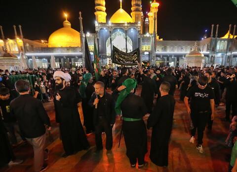 تصاویر/ حال و هوای حرم کریمه اهل بیت(ع) در شب اربعین
