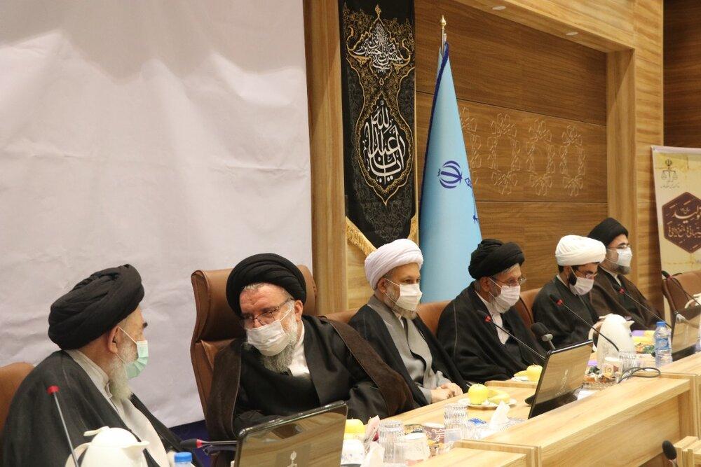 تصاویر/ اجلاسیه مسئولان مدارس علمیه فارس با حضور آیت الله خاتمی