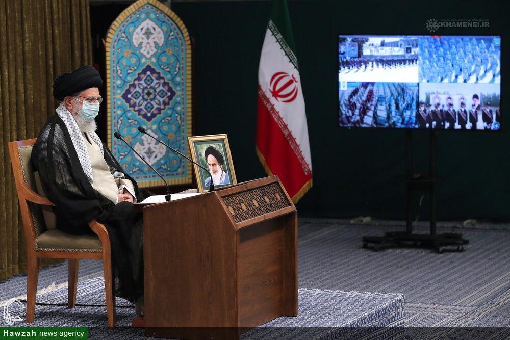 تصاویر/ ایرانی مسلح فورسز کی آفیسرز یونیورسٹیوں کے کیڈٹس کی تقریب سے رہبر انقلاب اسلامی کا ویڈیو لنک کے ذریعے خطاب