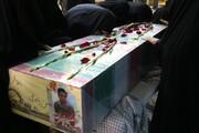 تصاویر/ مراسم وداع مردم با شهید دانش آموز یزدی