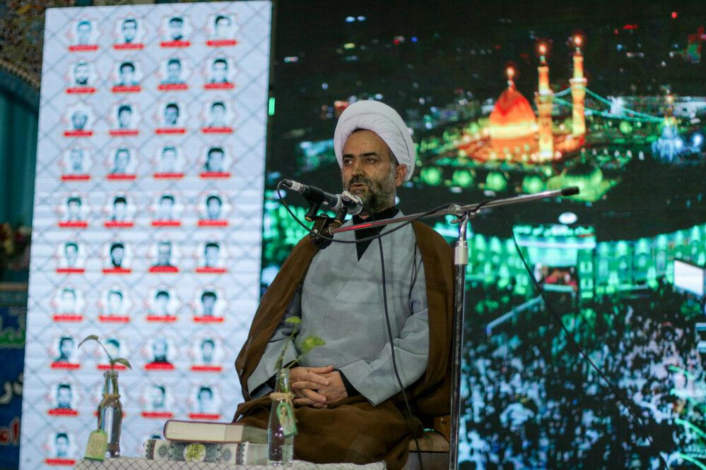 مساجد بهترین مکان برای تربیت نسل آینده انقلاب است