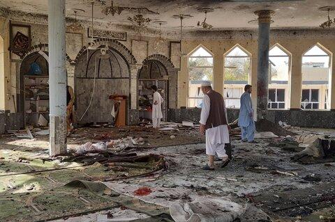 افغانستان، قندوز کی شیعہ مسجد میں دھماکہ 50 نمازی شہید