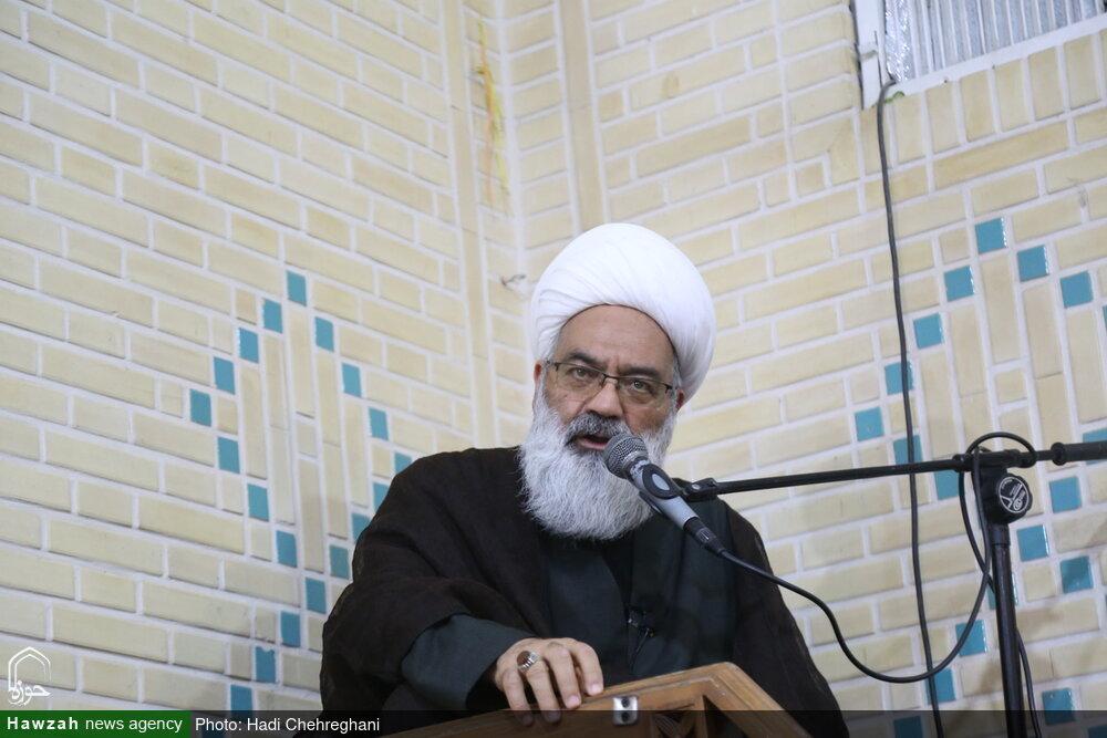 «داشتیم از حوزه ناامید میشدیم ولی حسنزاده را که دیدیم، به حوزه امیدوار شدیم»/ علامه نسبت به تمام نظامات اسلامی عارف و نگهبان و نگهدار بود