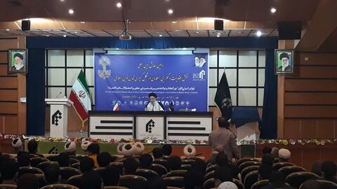 مجریان توطئه های دشمنان در منطقه از اسلام خارج شدهاند