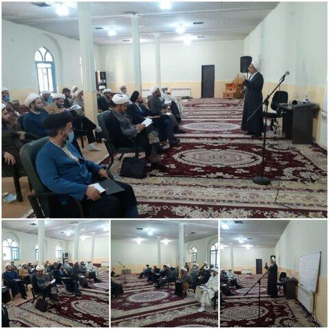 برگزاری دوره دانش افزایی ادبیات عرب در حوزه علمیه لرستان