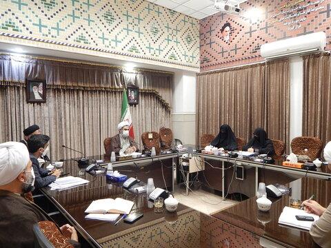 نشست مدیرحوزه علمیه خواهران استان قم با معاون پژوهش حوزه