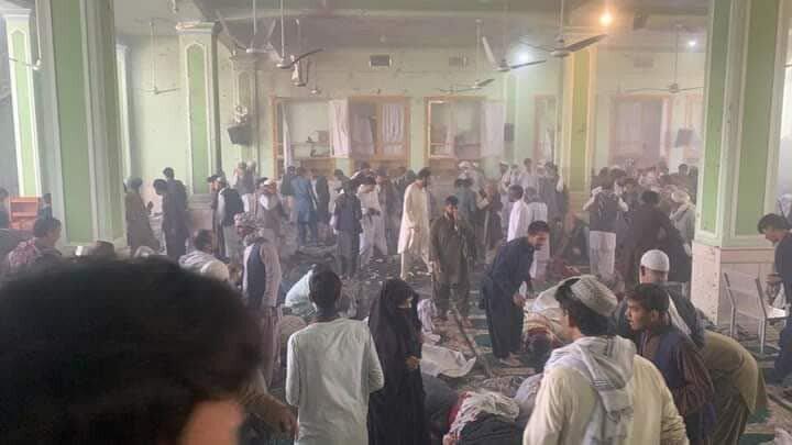 فیلم | لحظه حمله تروریست ها به مسجد شیعیان افغانستان در قندهار