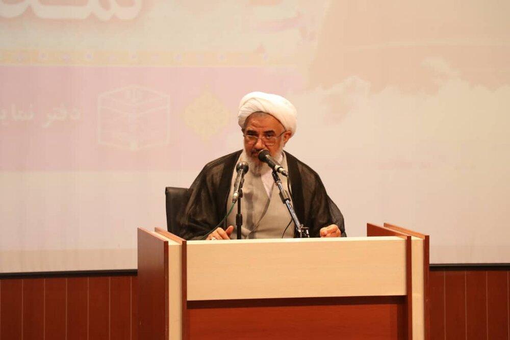 تصاویر/ همایش وحدت اسلامی در سالن کنفرانس حوزه علمیه خواهران بندرعباس