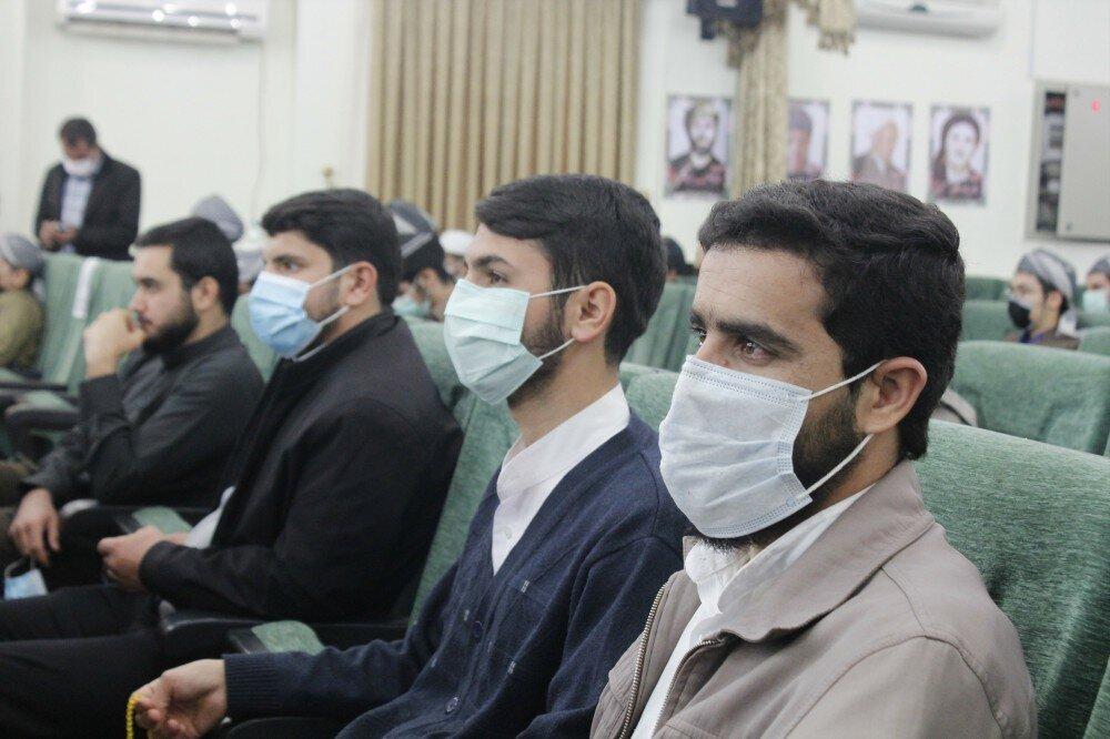 """بالصور/ مؤتمر""""الوحدة الإسلامية بين طلاب الشيعة وأهل السنة"""" في محافظة كردستان الإيرانية"""