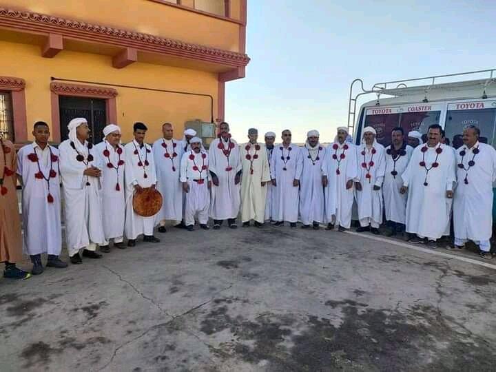 رهبر طریقت تیجانیه الجزایر: جامعه اسلامی باید خودکفا شود