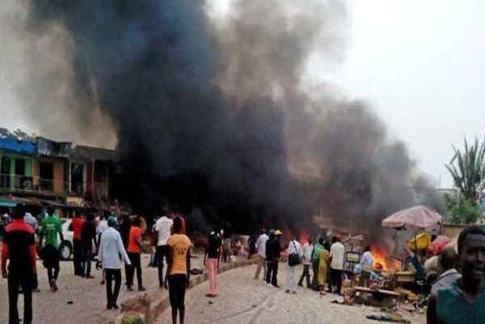 کشته و زخمی شدن دهها نفر در پی حمله به مسجدی در نیجریه