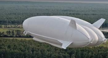 إقلاع أكبر طائرة في العالم