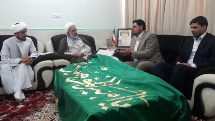 راية أمير المؤمنين (عليه السلام) تتجول في عدد من المحافظات الإيرانية الجنوبية