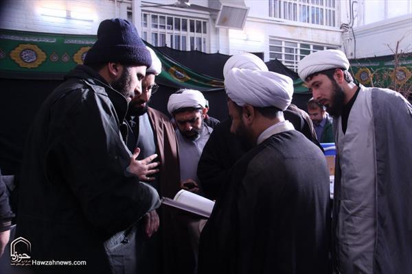 إيفاد المبلغين من الحوزة العلمية إلى مناطق الزلزال في غرب إيران