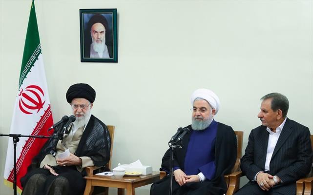الإمام الخامنئي لدى لقاء سماحته بأعضاء حكومة الجمهورية الإسلامية في إيران
