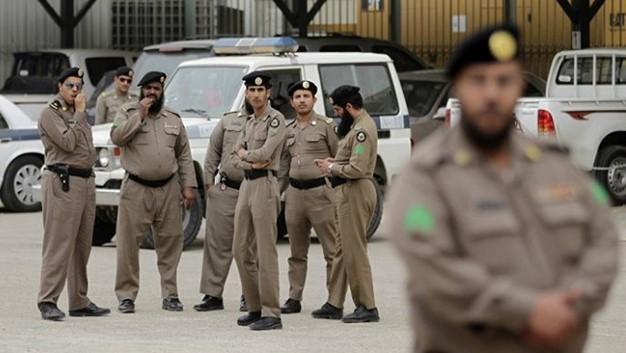 النظام السعودي يحاصر القطيف والمدينة لمنع العزاء على الشهداء
