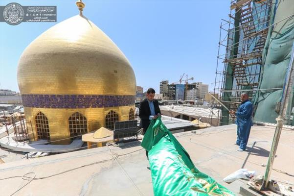 تزين أرجاء الحرم العلوي الطاهر استعداداً للاحتفال بمولد الإمام الرضا (ع)