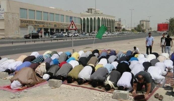 النظام يجبر المواطنين على عدم الصلاة في المساجد التي هدمه