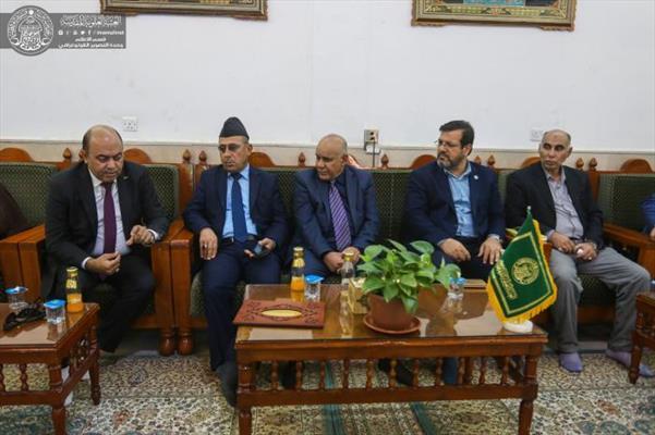وفد منظمة الصداقة الدولية يتشرف بزيارة مرقد الإمام علي (ع) يشيد بمشاريع العتبة العلوية