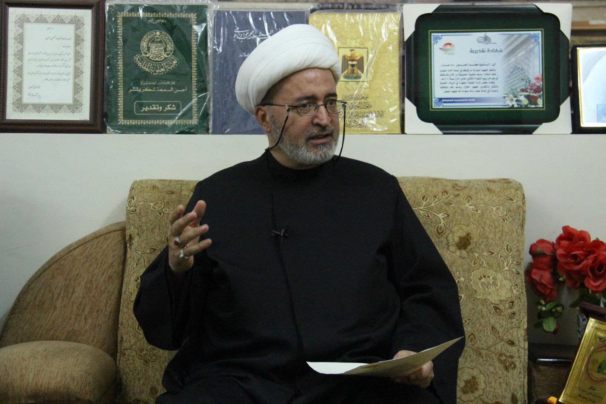 سماحة الشيخ الحسون مدير مركز الأبحاث العقائدية