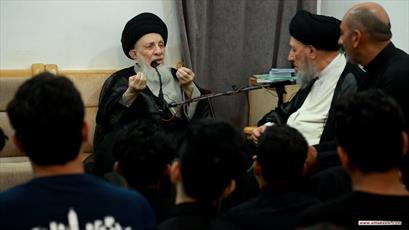 آية الله الحكيم يوصي خدمة الإمام الحسين(ع) أن يكونوا نموذجا بالالتزام الديني والأخلاق المستمدة من سيرة المعصومين(ع)