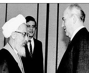 Imam Khomeini Advised Gorbachev to Study Islam