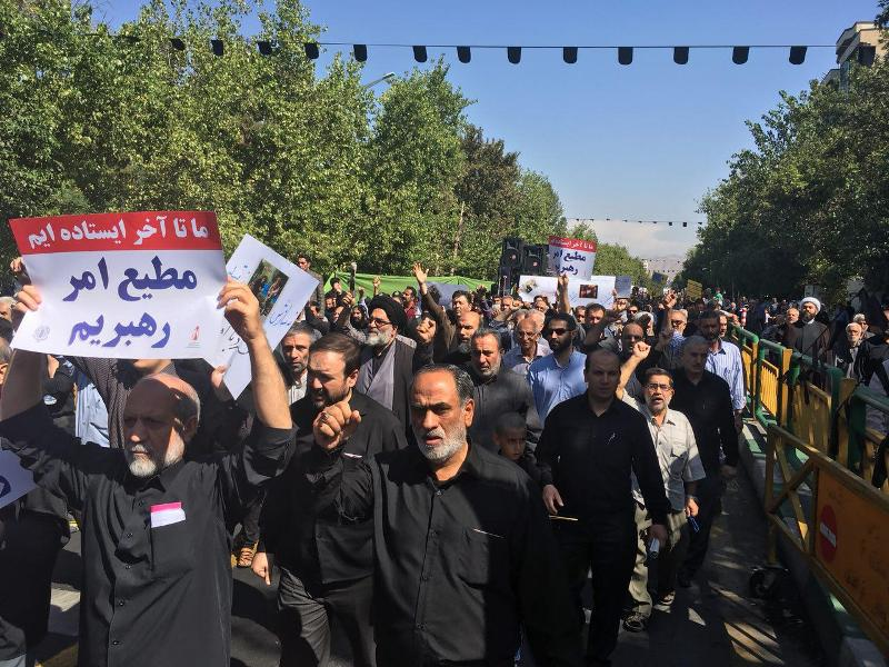 Tehran worshipers demonstrate to condemn Ahvaz attack
