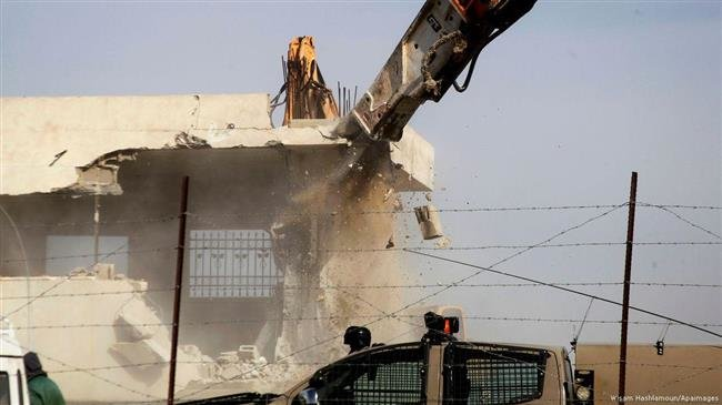 Israeli forces demolish ۲ more Palestinian homes in al-Khalil