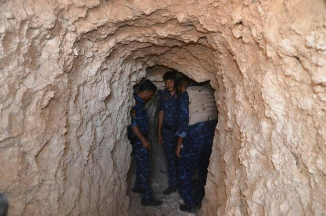 Iraqi security arrest Islamic State member at underground tunnel