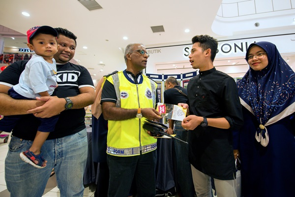 Kelantan police to conduct road safety campaigns at schools, mosques