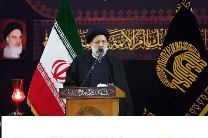 Imam Reza (AS) Pilgrims join rally to mark Islamic Revolution in Mashhad