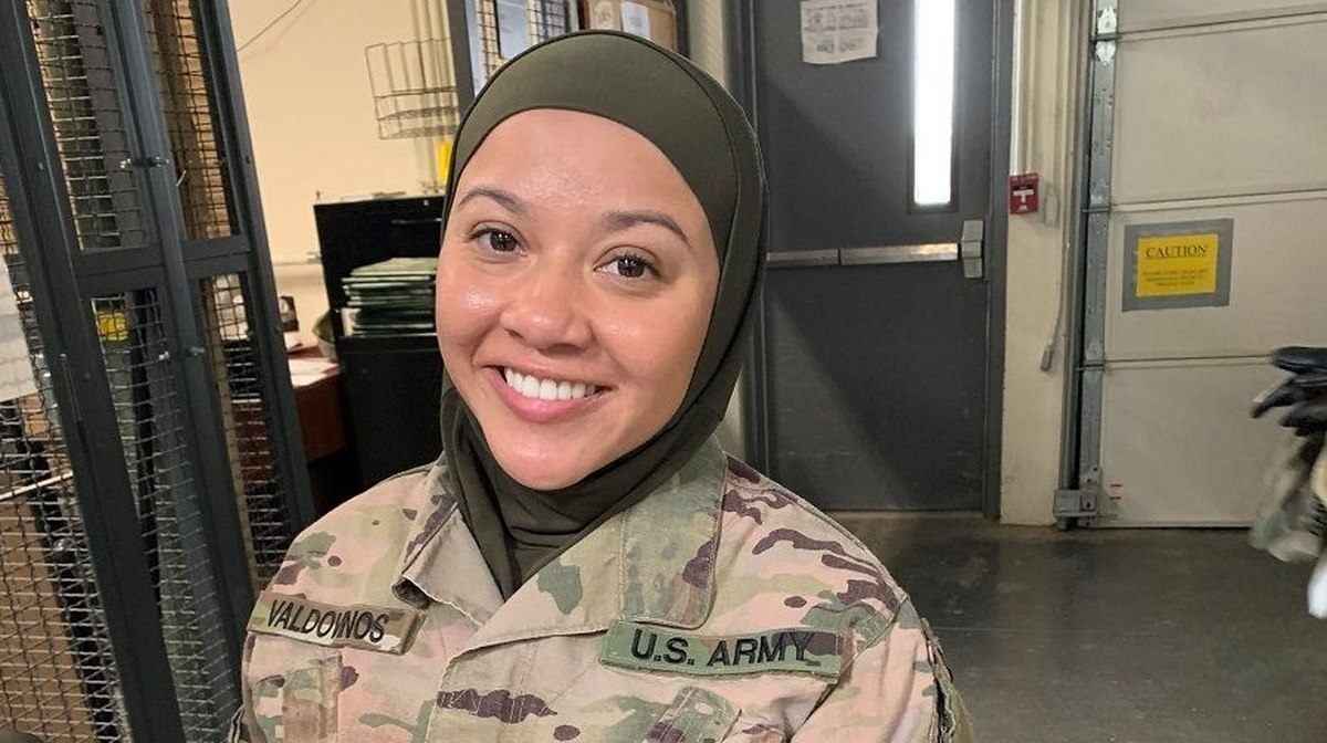 US command sergeant major forced Muslim soldier to remove her hijab